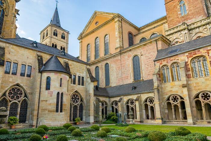 Trier Sehenswürdigkeiten - Garten Dom in Trier und Liebfrauenkirche
