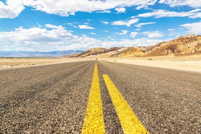 Death Valley - Endlose Straße